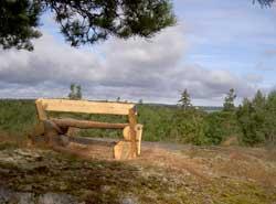 Utsiktsplats med bänk